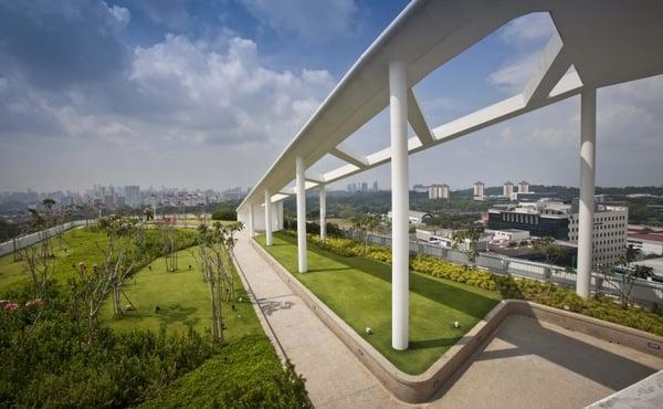 TR Hamzah & Yeang_Solaris Tower_photo by Albert Lim 01
